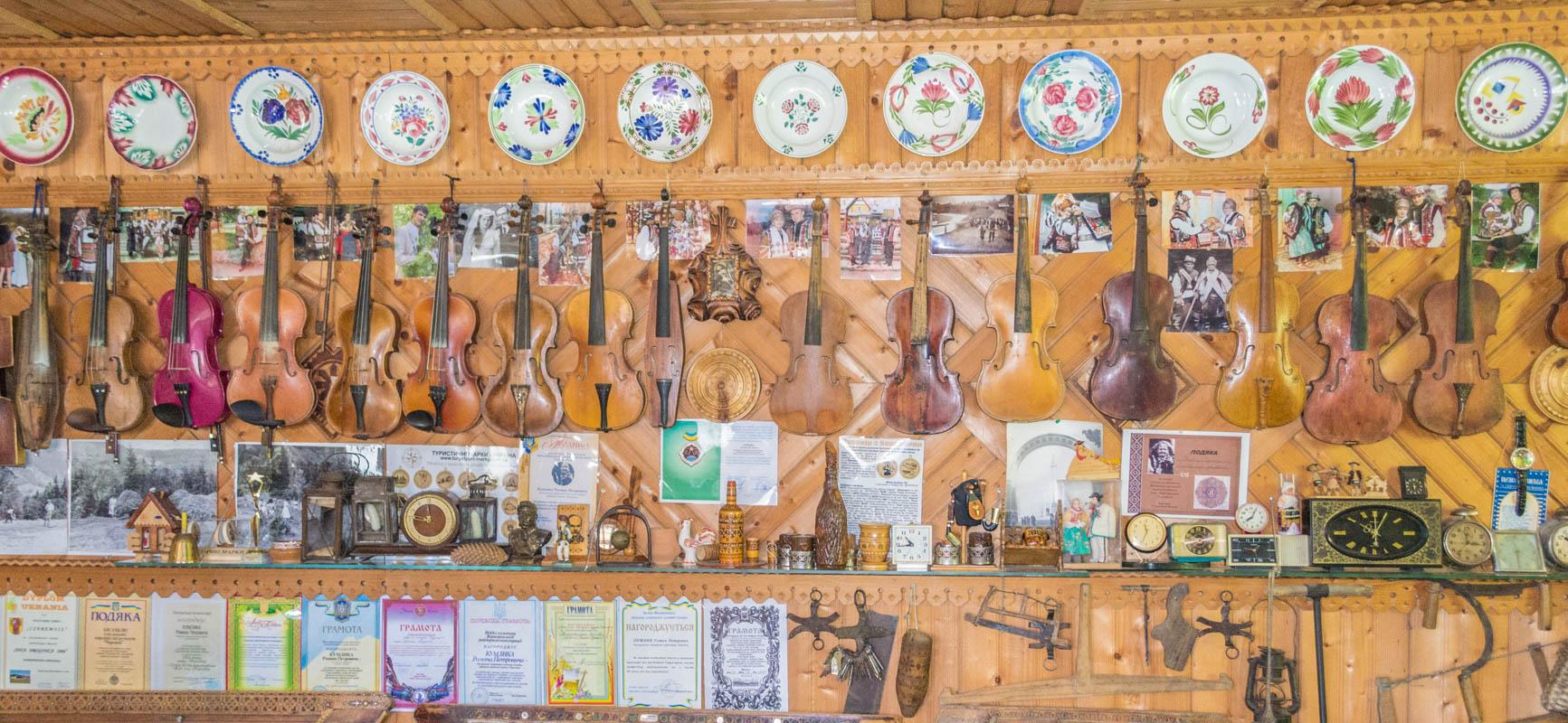 Музей музичних інструментів Романа Кумлика