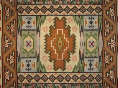 Гуцульські килими і ліжники