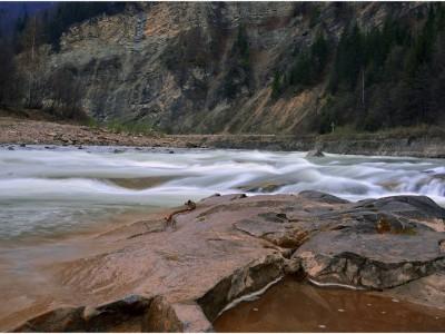 Дві прикарпатські річки очолили рейтинг найчистіших рік України
